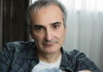 "Olivier Assayas will be the ""Protagonist of European Film"" in Lecce"